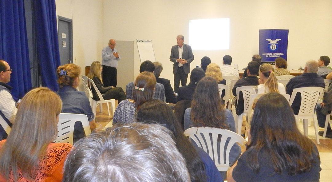 Conferencia en Tacuarembó